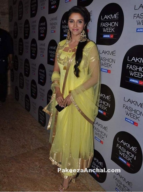 Actress Asin in Yellow Net Salwar Kameez with Gold Border at Lakme Fashion Week-PakeezaAnchal.com