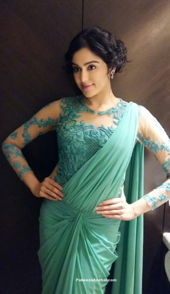 Adah Sharma in Sea Green embroidery Net Blouse with Saree Gown at Santosham Awards 2015-PakeezaAnchal.com