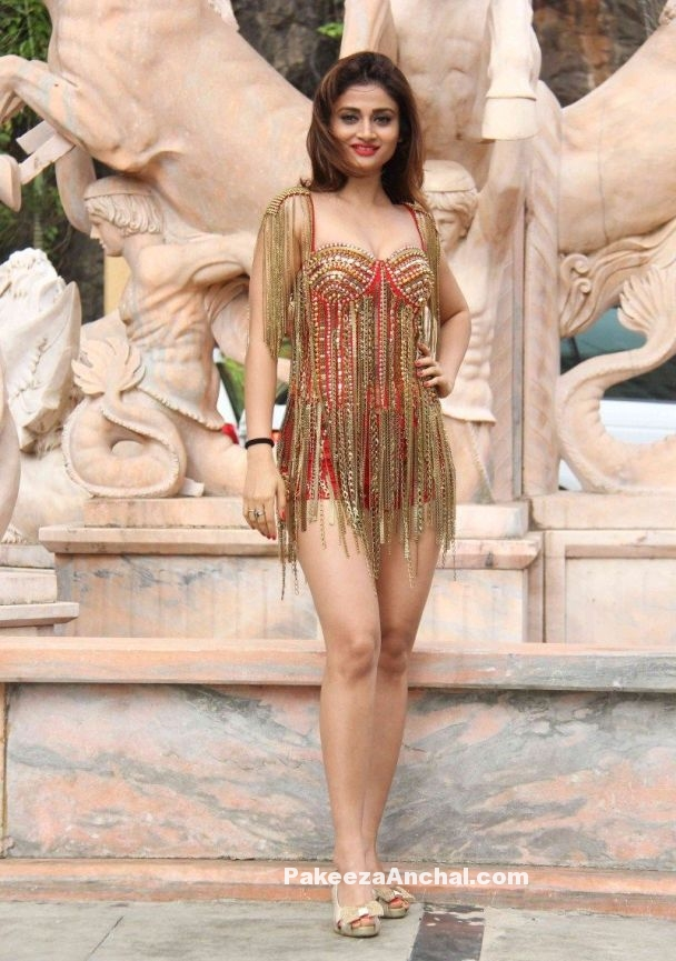 Ankita Srivastava in Short Red Bodycon Suit for Welcome Back-1-PakeezaAnchal.com