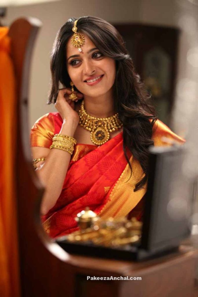 Anushka Shetty in Traditional Silk Saree & Gold Jewellery from South India-PakeezaAnchal.com