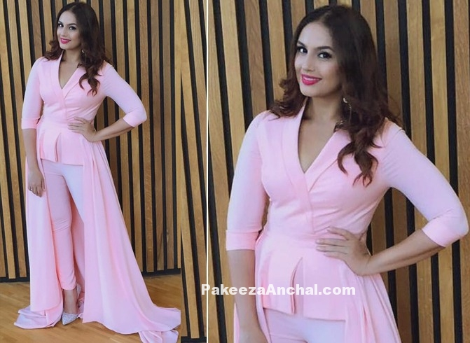 Huma Qureshi in Baby Pink outfit by Swapnil Shinde