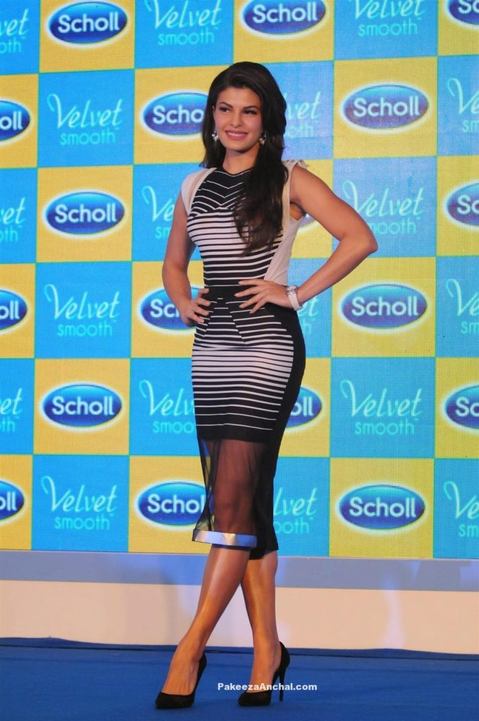 Jacqueline Fernandez in MonoChrome Midi Skirt by Amit Aggarwal-PakeezaAnchal.com