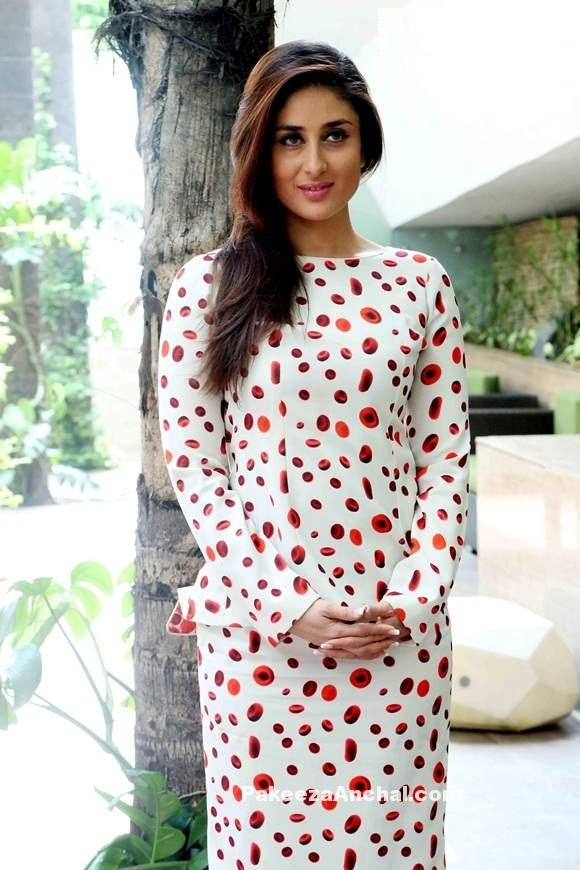 Kareena Kapoor in White Skirt designed Ashish N Soni with Red Valentino pumps -PakeezaAnchal.com