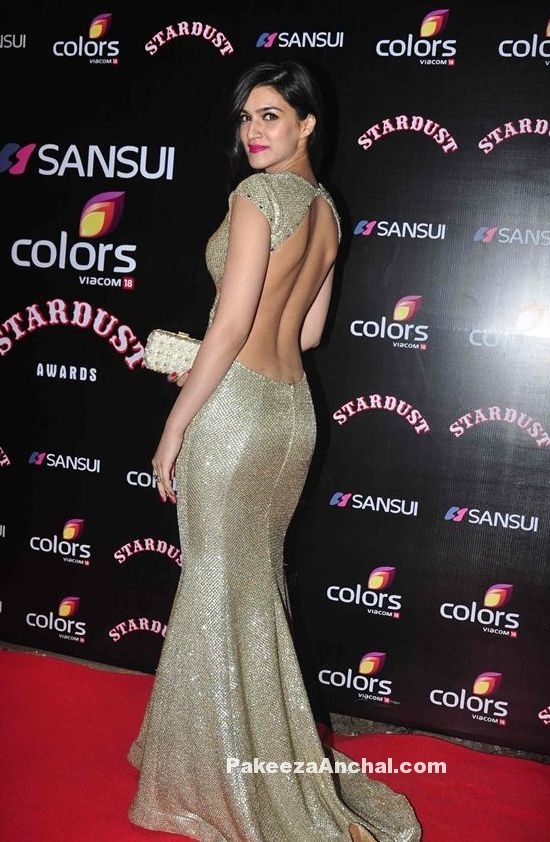 Kriti Sanon in Gold Sequin Backless Gown by Swapnil Shinde at Stardust Awards -PakeezaAnchal.com