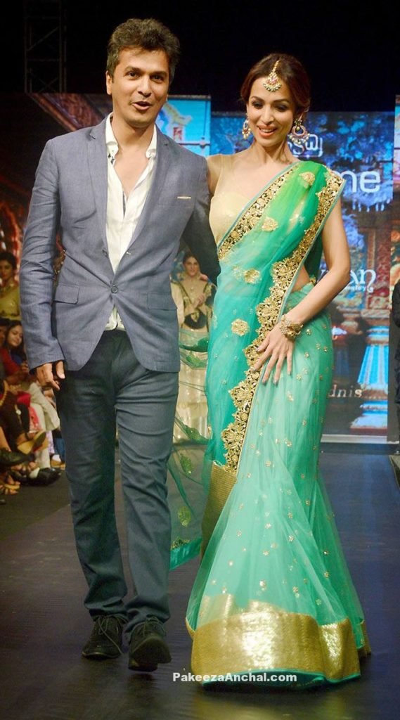 Malaika Arora graces herself in Designer Vikram Phadnis Lehenga Saree At Madame Style Week-PakeezaAnchal.com