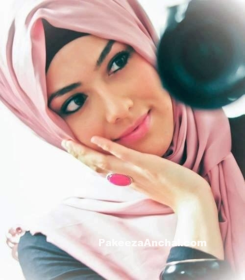 smiling-girl-dp-in-hijab-islamic-hijab-pics-pakeezaanchal-com