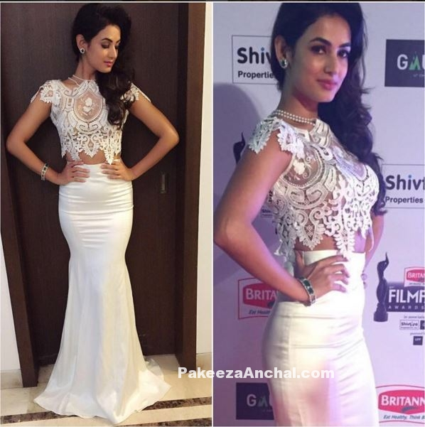 Sonal Chauhan in Riki Dalal White Fish Cut Gown at FilmFare Awards 2016-PakeezaAnchal.com