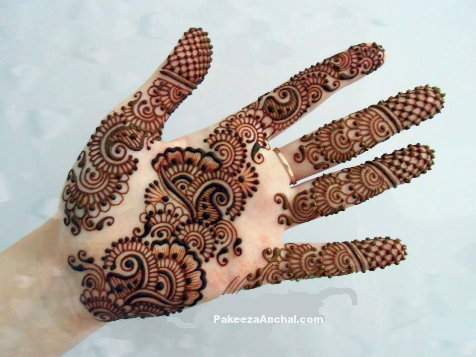 Stylish Arabic Mehndi Designs 2015, Latest Arabic Mehendi Styles for Women-2-PakeezaAnchal.com.jpg