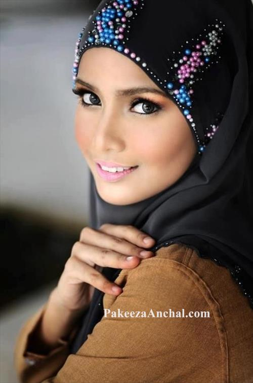 Stylish Ideas of Hijab and Scarfs for School Girls, Latest Hijab Fashion-PakeezaAnchal.com