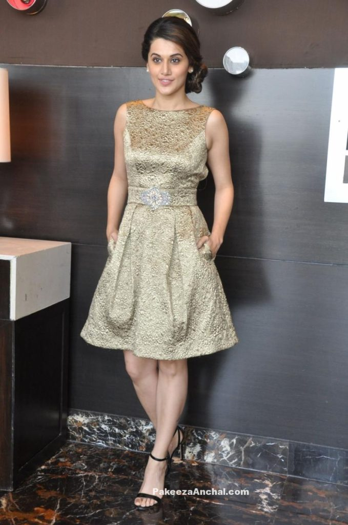Tapsee Pannu in Theia Couture at IIFA Utsavam 2016 Press Meet-PakeezaAnchal.com