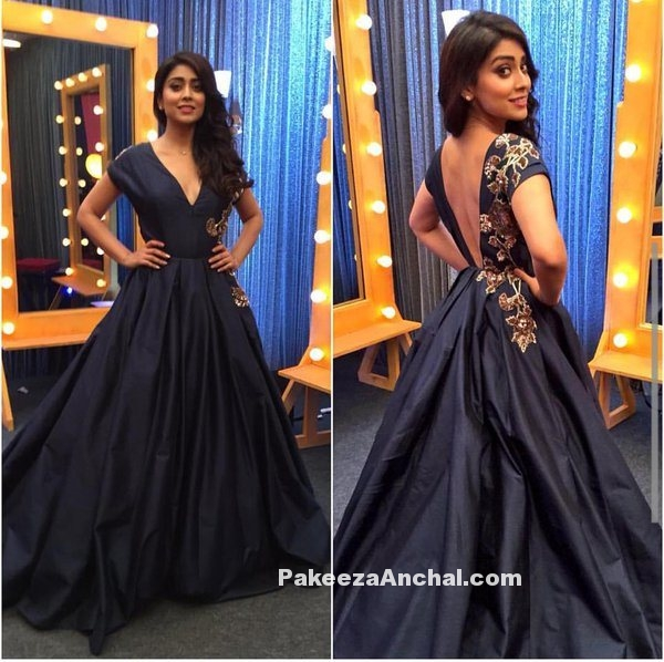 Telugu Actress Shriya Saran in Navy Blue V shaped Neck Ball dress by Manish Malhotra-PakeezaAnchal.com
