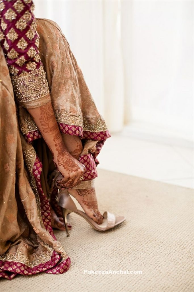 Types of Footwear Heels which can be worn with Saree-4-PakeezaAnchal.com